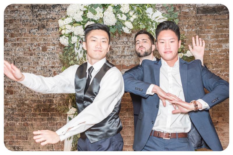 Laren&Bob-Wedding-Photobooth-250.jpg