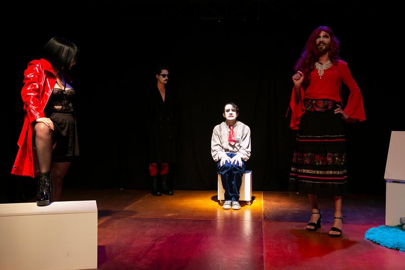 Allan Bravos - essenCIA Teatro - Persona 07-102.jpg