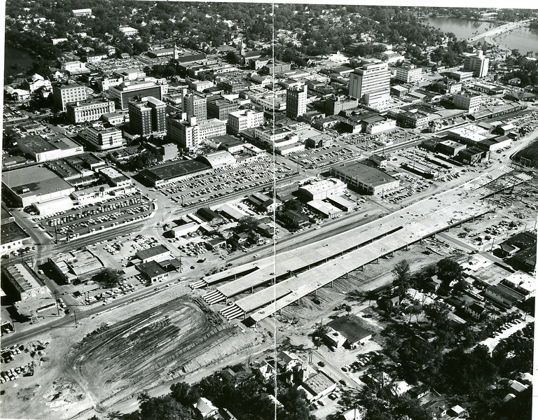 Parramore-i-4-construction-in-downtown-orlando-1957.jpg