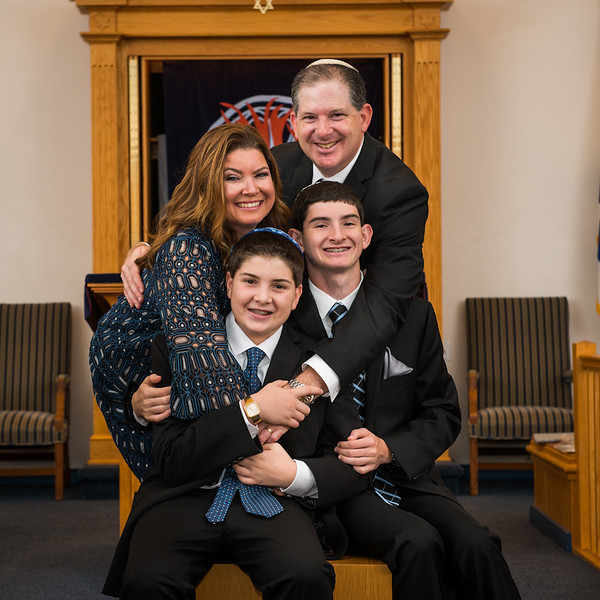 Best-Pittsburgh-Bar-Mitzvah-Photography10086.jpg
