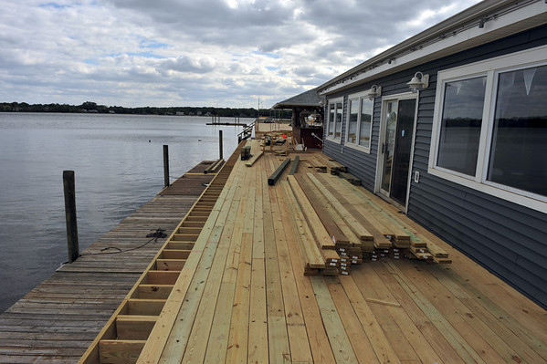 SRBYC ( Tiki Bar Deck restoation)