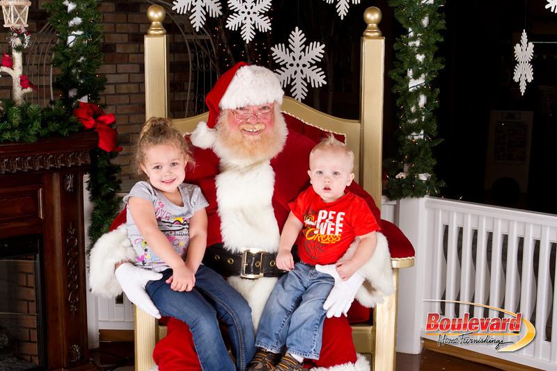 Santa Dec 8-335.jpg