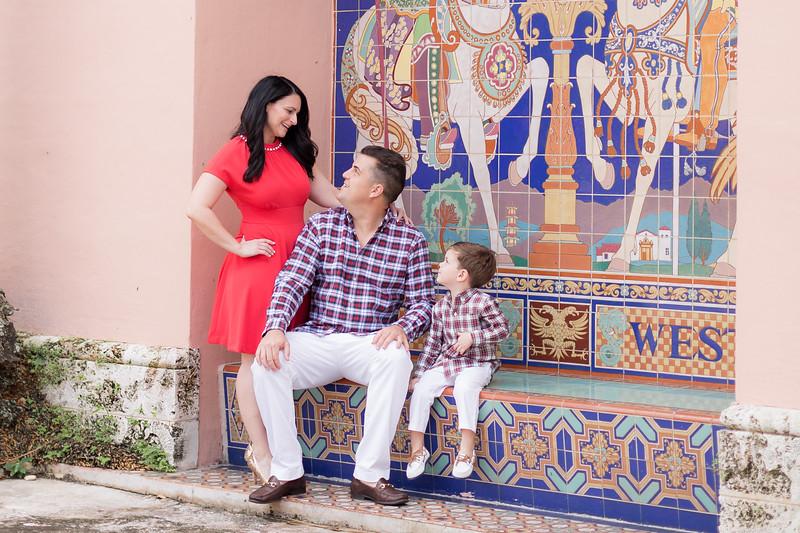 Holiday 2020 Tempone Family-77.jpg