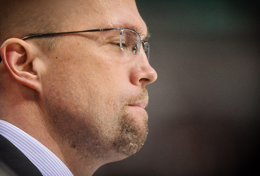 . Minnesota head coach Mike Yeo waits for the game to end late in the third period. (Pioneer Press: Ben Garvin)