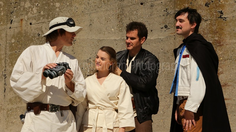 Star Wars A New Hope Photoshoot- Tosche Station on Tatooine (66).JPG