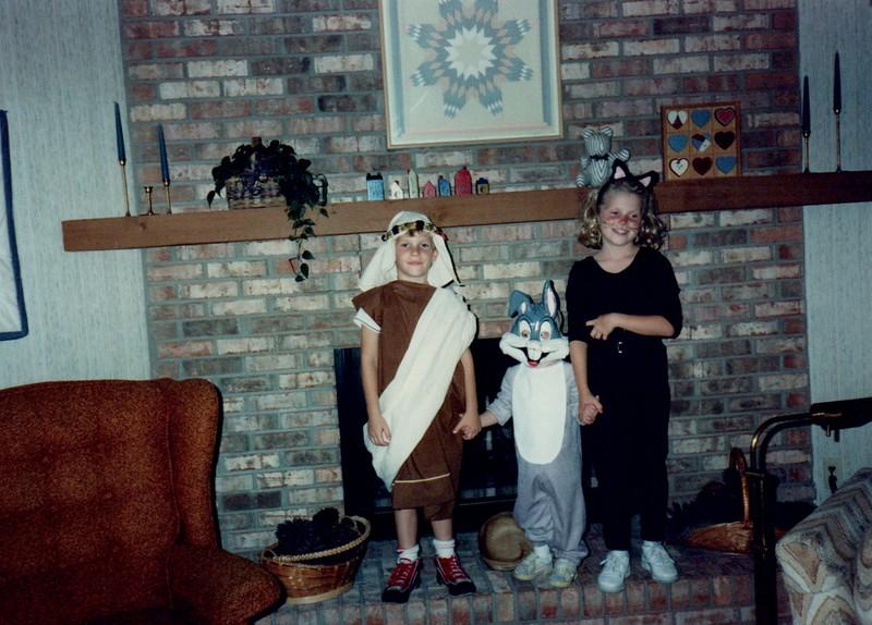 1989_Fall_Halloween Maren Bday Kids antics_0010.jpg