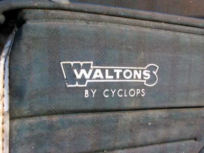 012 WALTONS / CYCLOPS PRAM