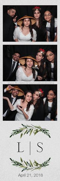 ELP0421 Lauren & Stephen wedding photobooth 120.jpg
