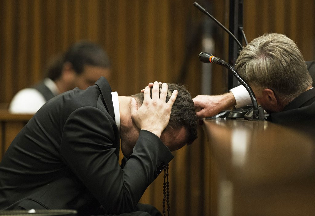 ". <p>4. (tie) OSCAR PISTORIUS <p>He prayed over his dead girlfriend�s body. Prayed for himself. (unranked) <p><b><a href=\'http://www.twincities.com/breakingnews/ci_25286386/pistorius-trial-returns-neighbor-testimony\' target=""_blank\""> HUH?</a></b> <p>   (AP Photo/Marco Longari, Pool)"