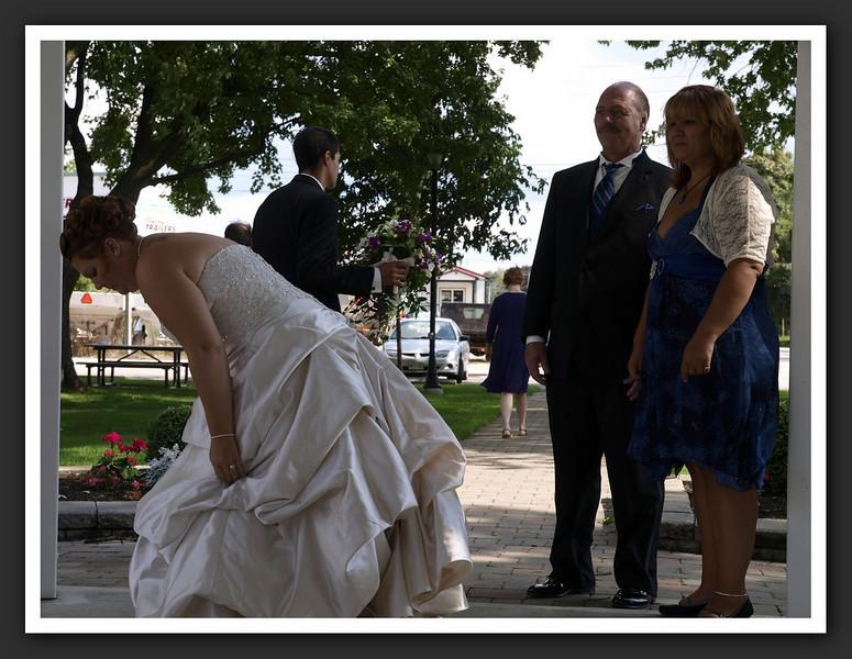 Bridal Party Family Shots at Stayner Gazebo 2009 08-29 073 .jpg