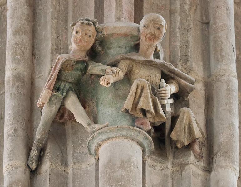 Arnstadt, Liebfrauenkirche, Figuren hoch oben an Chorpfeiler