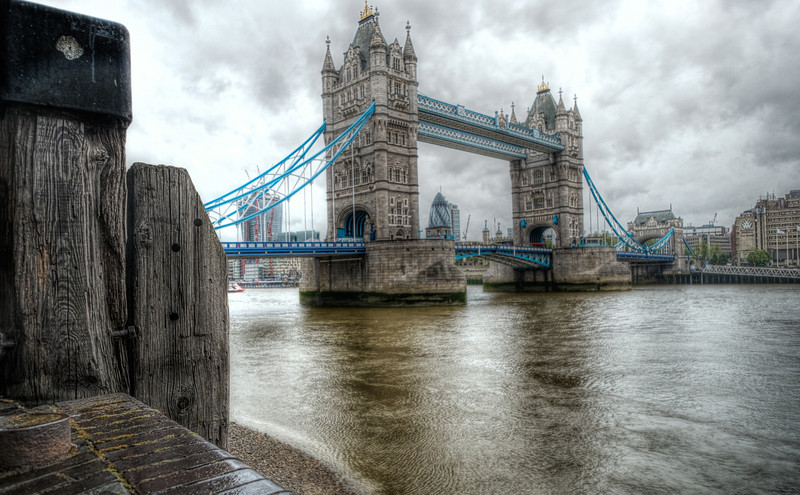 Tower Bridge from Butlers Wharf F4636.jpg
