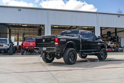 @TexasTruckWorks 2018 Dodge Ram 2500 22x12 CHOPPER