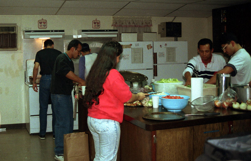 1992 09 20 - Supper at the Sunlight Inn 11.jpg