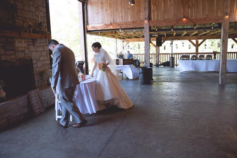 Hannah and David Wedding-6149.jpg