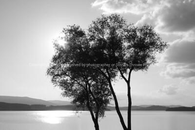 025-lakescape-lipno_czech-01jun07-1107