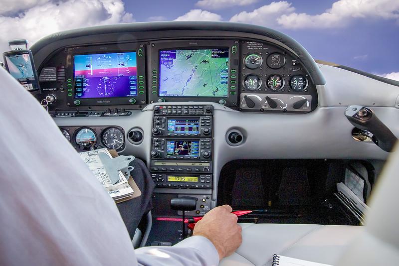 Cirrus 625 in flight