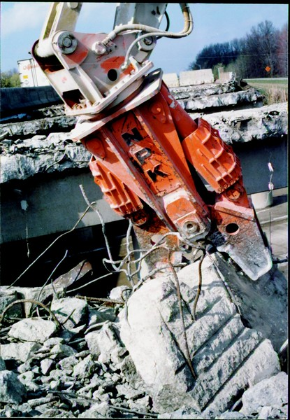 NPK M28G concrete pulverizer on Cat excavator-commercial demolition (Rt. 10) 04-08-98 (11).JPG