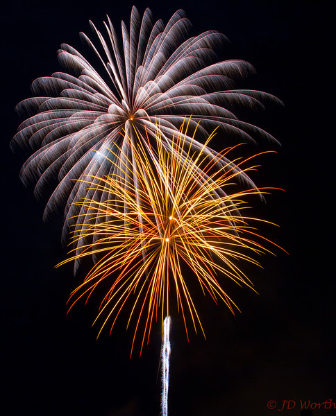 070417 Luray VA Downtown Fireworks - Cream Pinwheel Fan over Yellow Red Sea Urchin with White Rocket-0922.jpg