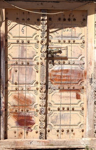 Omani door92- Oman.jpg