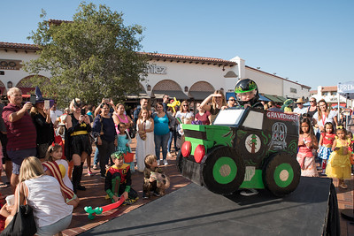 2017 Candy Crawl at Outlets at San Clemente