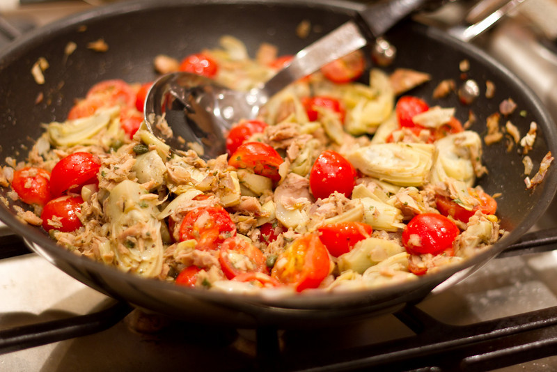 Jared cooks up a wonderful tuna artichoke dish