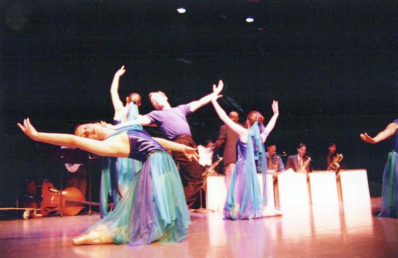 Dance_1332_a.jpg
