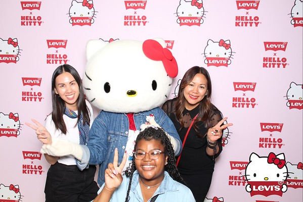 Levis x Hello Kitty - New York, NY