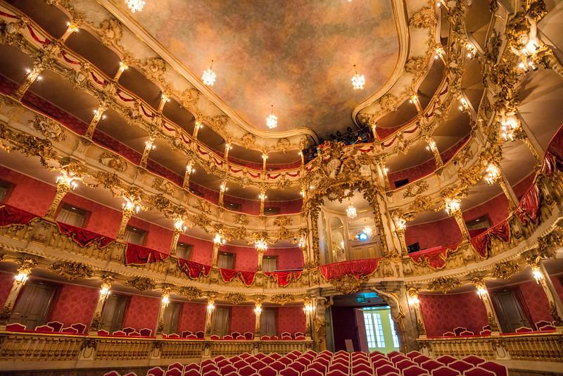Cuvillier-Theatre-7.jpg