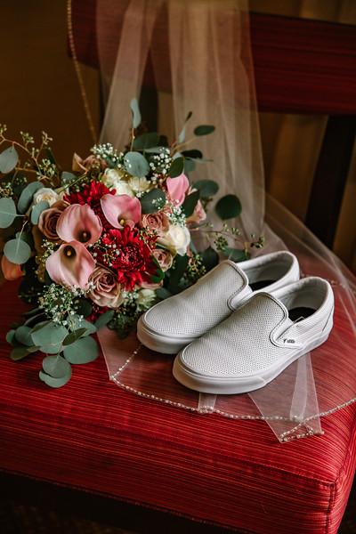 AMBER AND RYAN - WEDDING DAY - 9.jpg