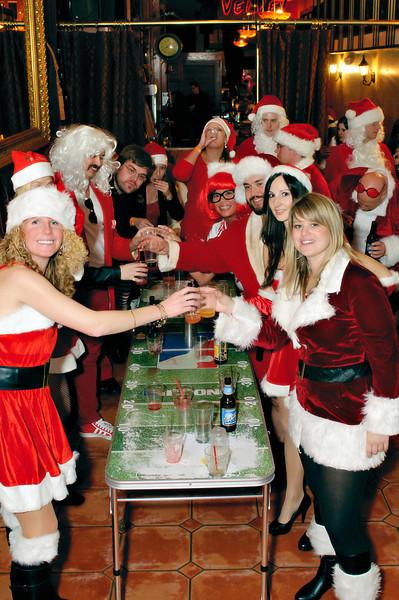 2011 GBT Santa Crawl-186.jpg