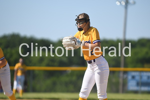 Central DeWitt softball at Davenport North 6.16