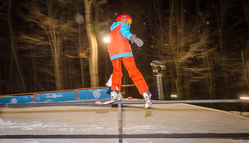 Nighttime-Rail-Jam_Snow-Trails-145.jpg