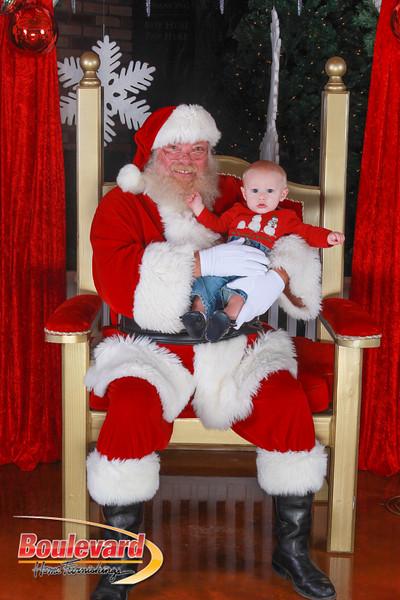 Santa 12-10-16-229.jpg