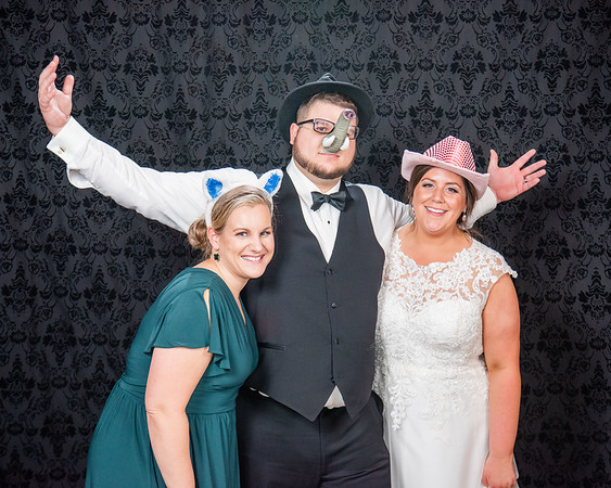 Kevin + Theresa | Wedding Photo Booth