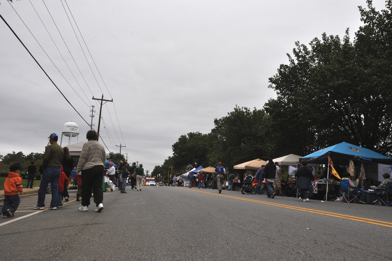 The community gathered on South Main Street for the Boiling Springs Cenetennial Celebration Parade.