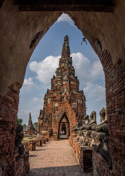 _DSC4905Chai Wattanaram Temple, built by King Prasat Tong .jpg