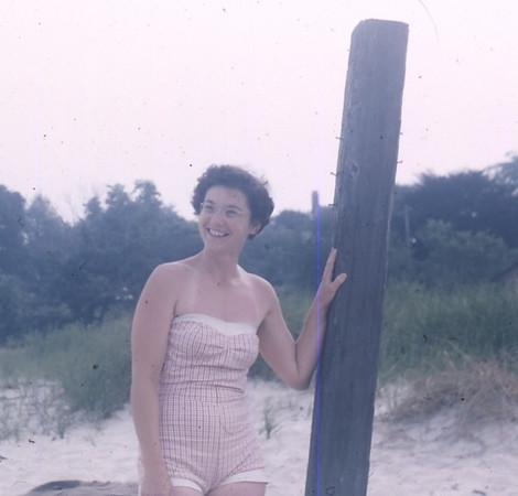 Mom's 90th BD pics 015.jpg