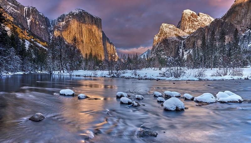 Valleyview Sunset, Yosemite.jpg