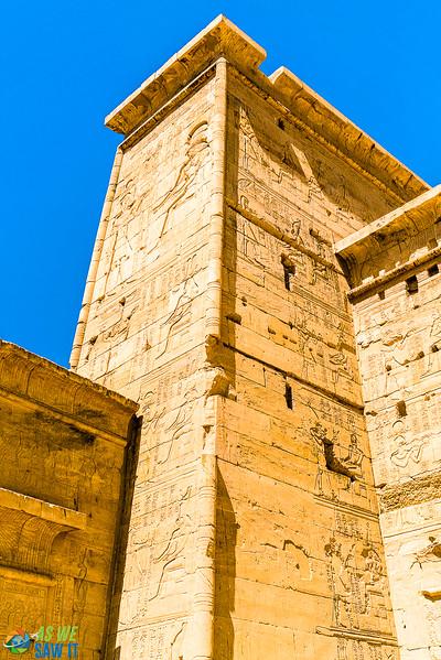 Philae-Temple-04043-35.jpg