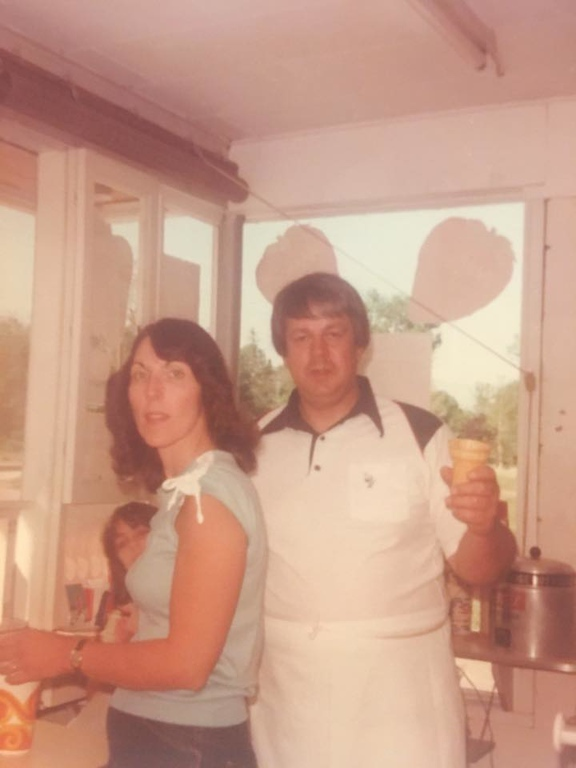 . Submitted <br> Kuhar�s Pizza Oven and Dairy Freeze Owners Edward and Lana Kuhar pictured in 1977. Kuhar�s Pizza Oven and Dairy Freeze at 970 Riverside Drive in Painesville Township is closing after 40 years.