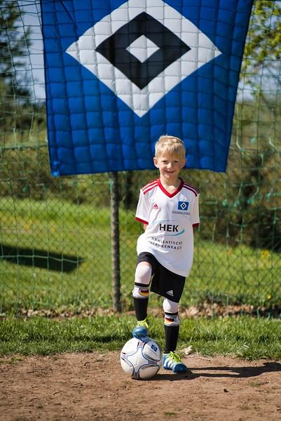 hsv-fussballschule---wochendendcamp-hannm-am-22-und-23042019-z-5_46814447925_o.jpg