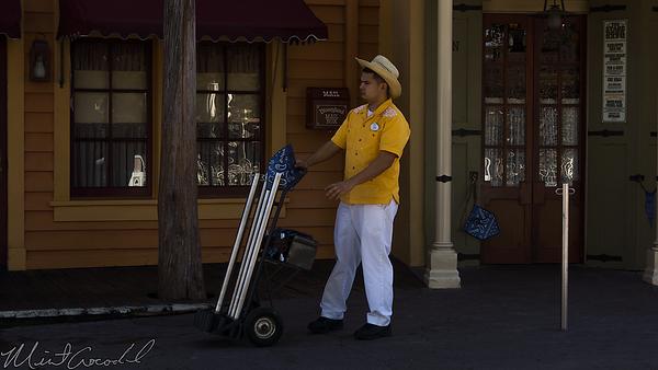Disneyland Resort, Disneyland, Frontierland, Stage Door Cafe, Stage, Door, Cafe, Cast Member, Cast, Member, Costume