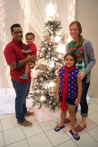 2016_FAMILY CHRISTMAS_ 178.jpg