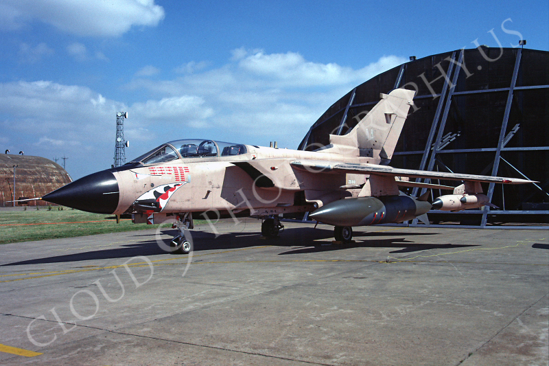 SM 00029 Panavia Tornado British RAF November 1991 Desert Storm veteran via African Aviation Slide Service .JPG