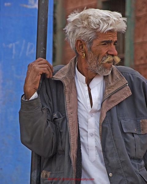 INDIA2010-0208A-24A.jpg