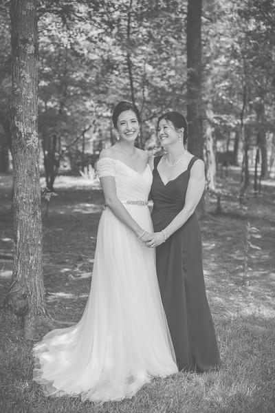 MP_18.06.09_Amanda + Morrison Wedding Photos-01225-BW.jpg