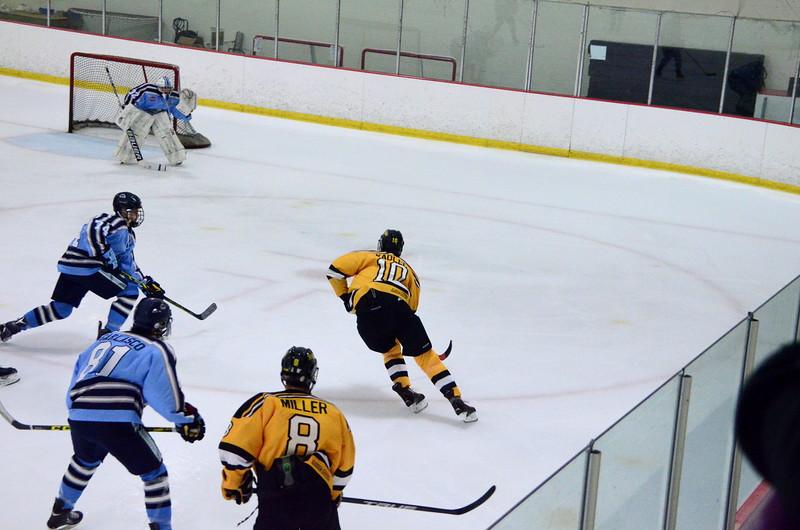 150904 Jr. Bruins vs. Hitmen-030.JPG