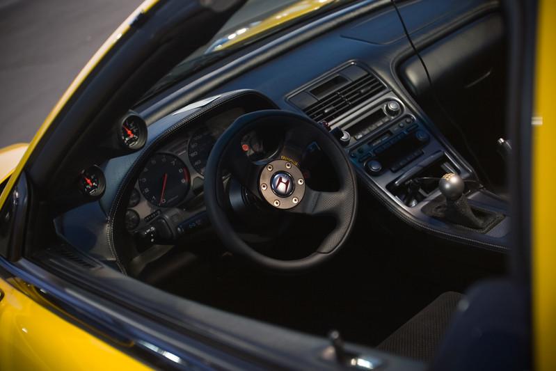 Dali carbon fiber A-pillar gauge pod and MOMO Team 300 racing wheel