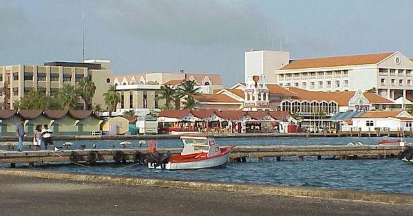 (Low quality) Aruba Buildings & Streets